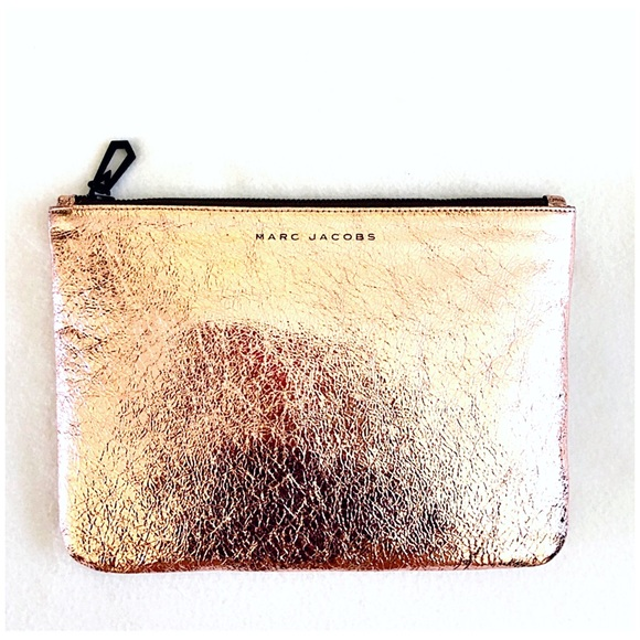 Marc Jacobs Handbags - Authentic Marc Jacobs Leather Clutch